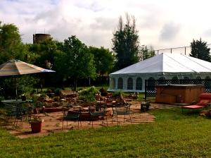 Wedding tent:garden